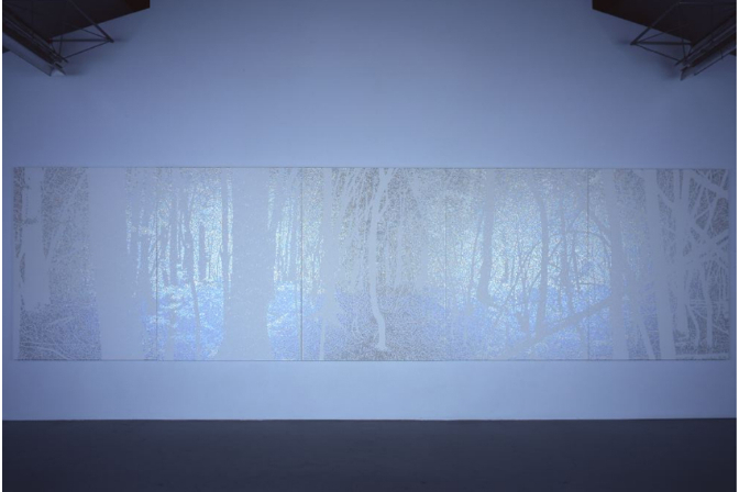 Daisuke Ohba, FOREST#1, 2009. Installation view at SCAI the BATHHOUSE. Photo by Keizo Kioku. Courtesty and copyright SCAI the BATHHOUSE