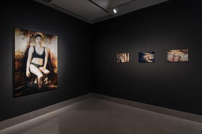 Mari Katayama, Installation view of 'Broken Heart' at White Rainbow, London, 2019. © Mari Katayama. Courtesy White Rainbow, London and rin art association. Photography: Damian Griffiths.